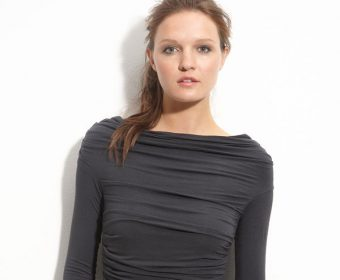 Best Trendy Tees (TOPS/t-shirts) for Women to buy