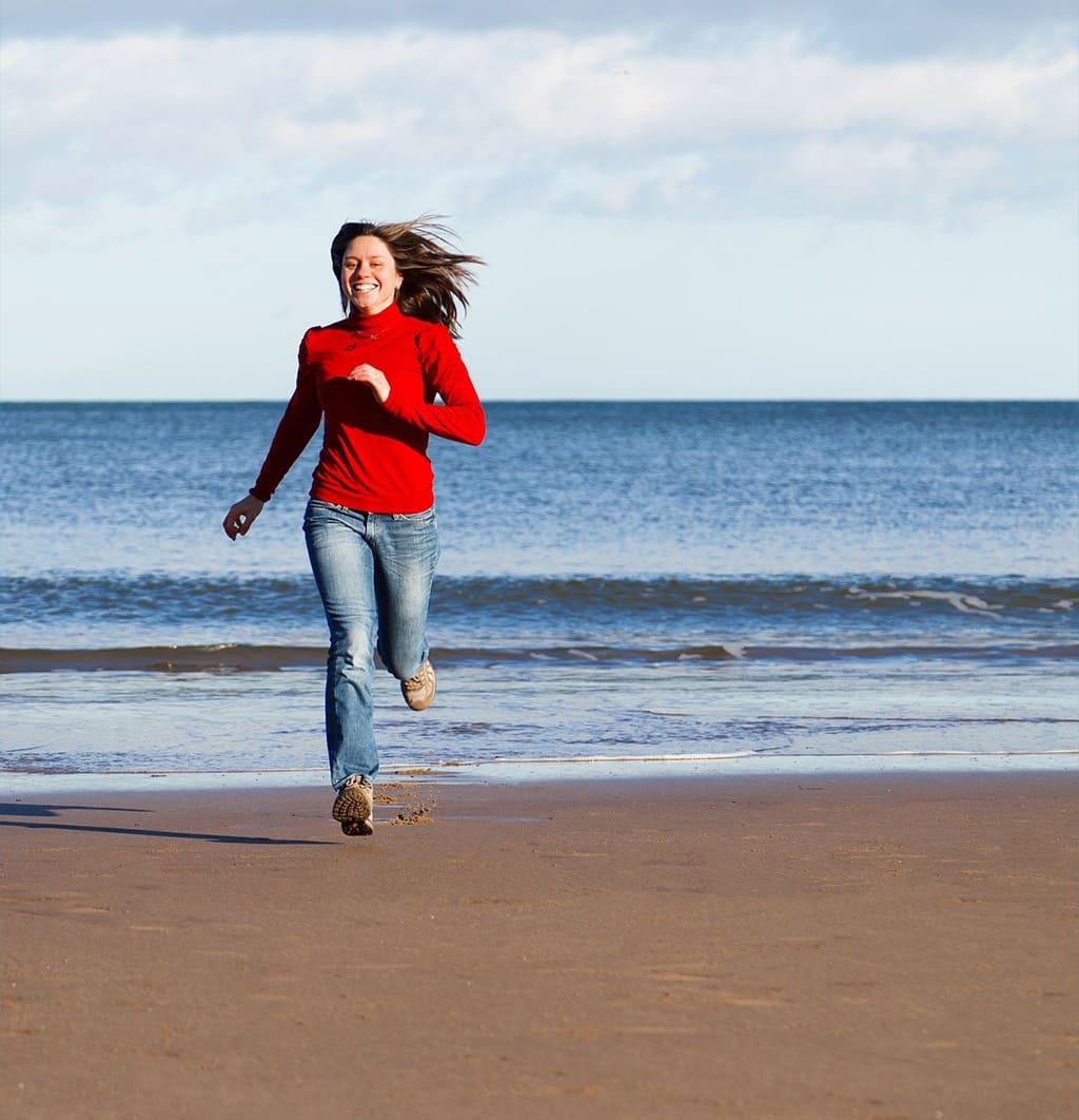 beach-female-fitness-fun-girl-happy-health