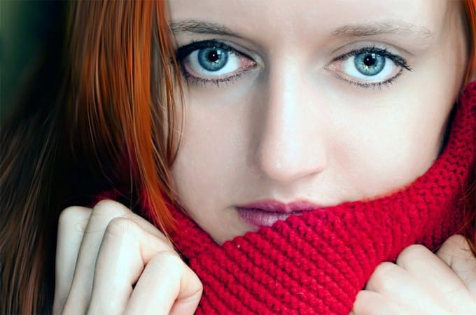 eye-red-scarf-woman-eyes-blue