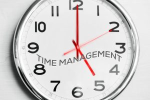 """Still Got a """"Punching the Time Clock Mentality""""? How to Move from a Time-based to a Performance-based Worker"""