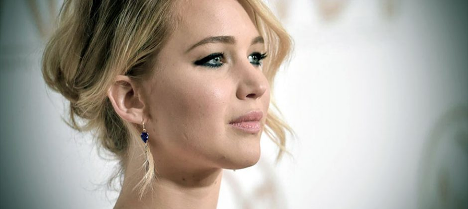 The Top 18 highest paid actresses in the world for 2015