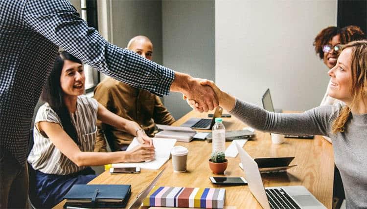 5 Effective Ways to Make Money Using Tradelines - CEOWORLD magazine