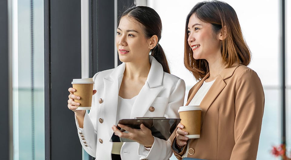 What is Business Casual for Women: BusinessHAB.com