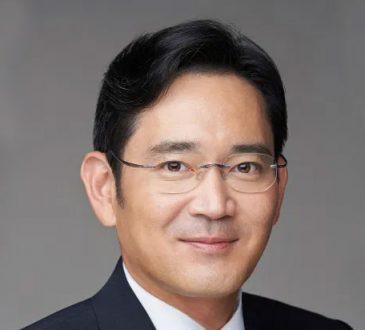 Jae-yong (Jay Y. Lee)